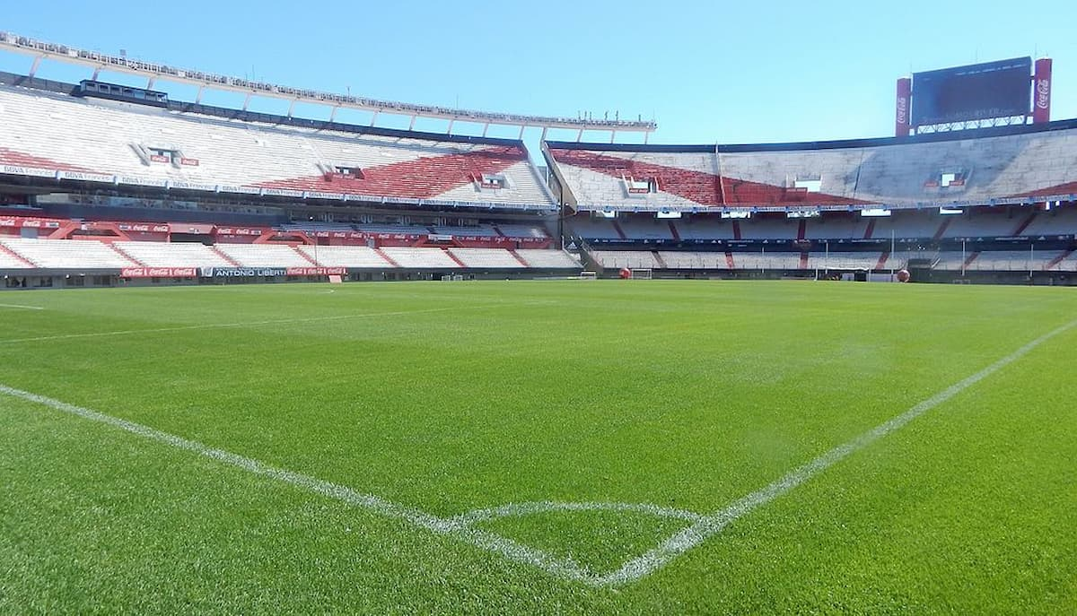 Estadio Monumental vacío